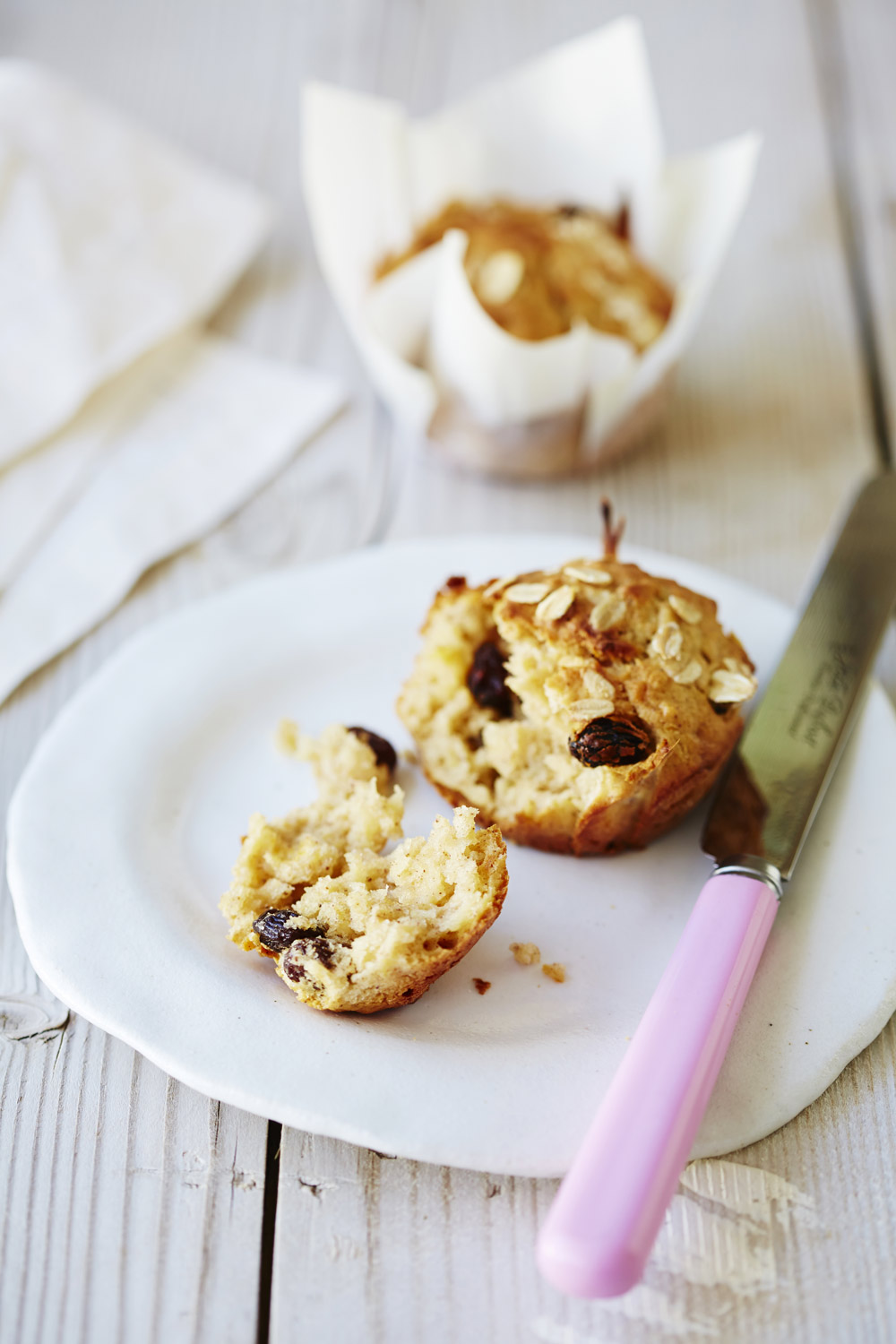 Apple, sultana and oat muffins - auzure Canola Oil