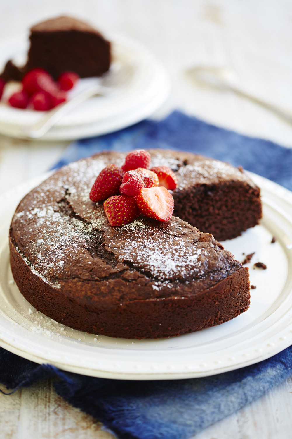 Family chocolate cake - auzure Canola Oil